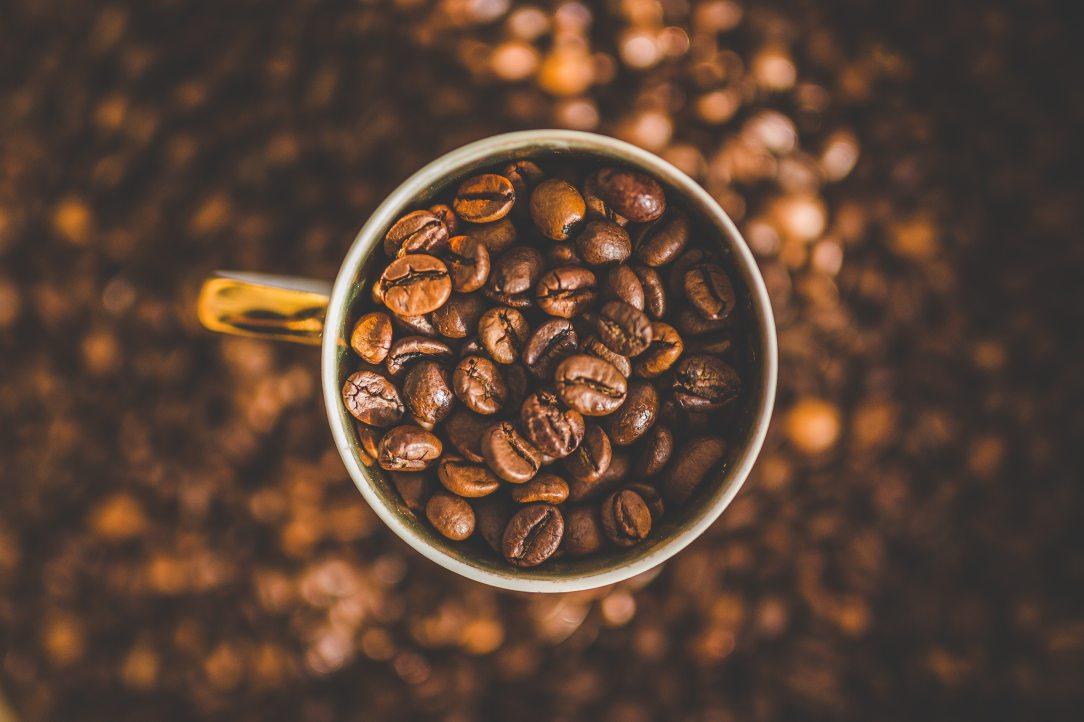 caffeine-coffee-coffee-beans-134577